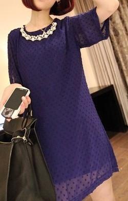 Горловина платья отделанная бусинками фото 1