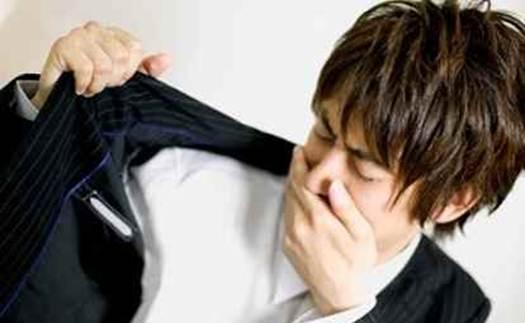 Как убрать неприятный запах с одежды табака, пота, сырости