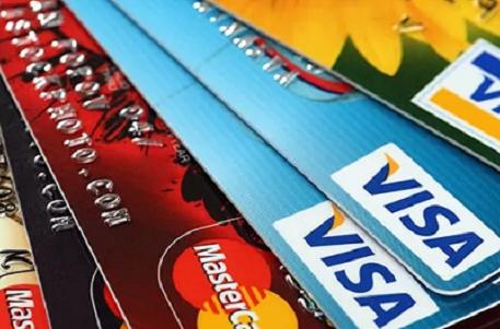 Дебетовая карта или кредитная