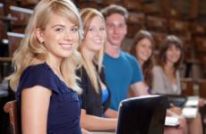 Где оформить кредит студенту с 18 лет? Банки, дающие кредит для студентов