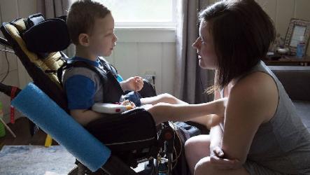 Досрочная пенсия по уходу за ребенком инвалидом: основные трудности получения в 2019 году