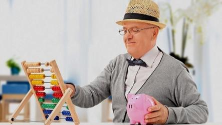 Самозанятый пенсионер и налоги. Стоит ли ждать индексацию пенсии?